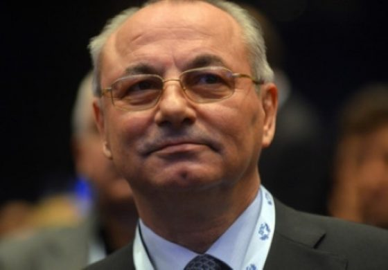 """Вълшебният партиен строител Доган демонтира ГЕРБ. Дава на БСП """"непоискана подкрепа"""", Бойко Борисов става президент. И?"""