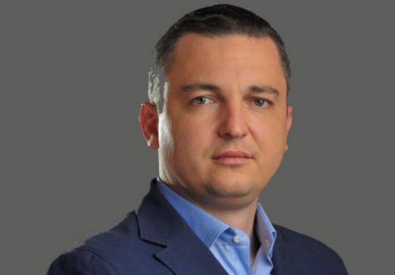 """Кметът Иван Портних откри спортно игрище в кв. """"Виница"""""""