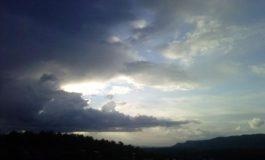 Почивните дни започват с облачно време