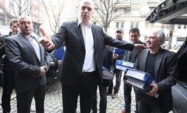 100 000 некоректни подписа за Слави, но референдум ще има