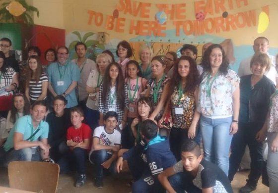 Долни чифлик посреща 17 учители и  ученици от 5 държави