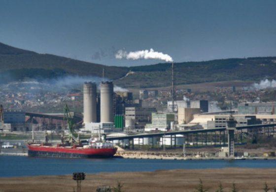 Кметът на Девня се пребори за проби на въздуха край заводите