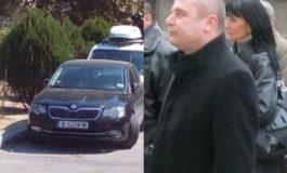 """Кметът на Провадия  в отпуск, служебния му автомобил – пред  """"ОДАЯТА""""  до НАП Варна"""