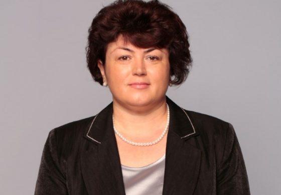 Красимира Анастасова, кмет на Долни чифлик: Два стоматологични кабинета ще бъдат разкрити в училища в общината