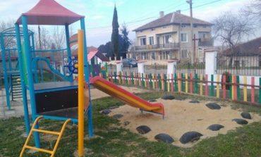 Нова детска площадка радва Ново Оряхово