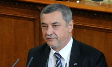 Раздор в патриотичната коалиция заради президента Радев