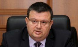 Сотир Цацаров пита шефа на ВКС Лозан Панов за пускането от ареста на Ценко Чоков