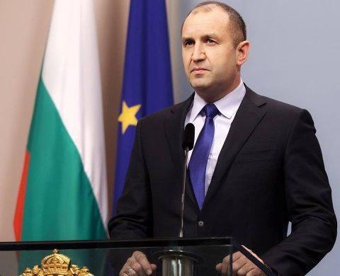Радев: Незабавно да спре промяната на статута на Копривщица
