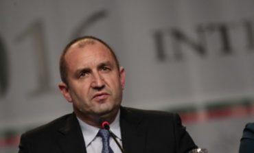 Радев към ГЕРБ: Поздравявам ви за модерния подход, който избрахте, при съставянето на коалиция