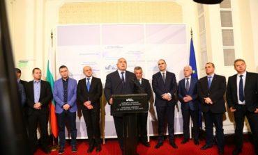 """ГЕРБ и Патриотите се разбраха! Ето кой какви министерства ще получи в кабинета """"Борисов 3"""""""