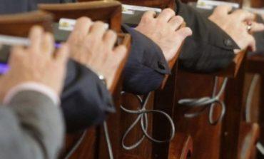 Депутатите отхвърлиха мажоритарния вот. Слави: Извършиха преврат!