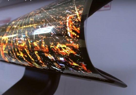 LG пуска първите телевизори-рула през 2020 г.