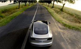 Model 3 на Tesla може да промени света, както някога го направи iPhone