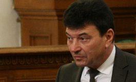 Бизнесменът, натопил депутата от ГЕРБ, му дължи над 100 бона