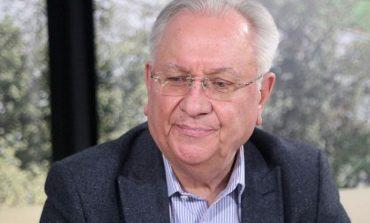 """Задкулисието иска да """"изгори"""" посредниците си Пеевски и Борисов"""