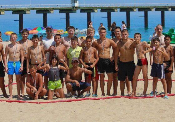 Уникално спортно шоу на плажа в Шкорпиловци