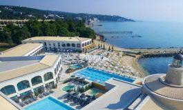 Аquahouse Thermal & Beach, к.к. Св. Св. Константин и Елена глези ценители с 14 басейна и СПА