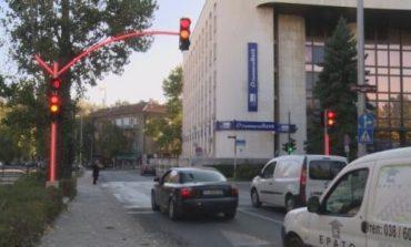 Прокуратурата влиза в общината в Хасково заради светофар, струващ пет пъти повече от нормалното