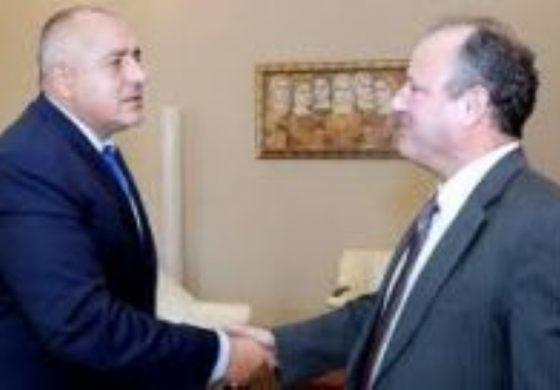 Бойко Борисов вкара ДАНС в офиса на президента след среща с посланика на САЩ. Вашингтон ПОРЪЧА Румен Радев
