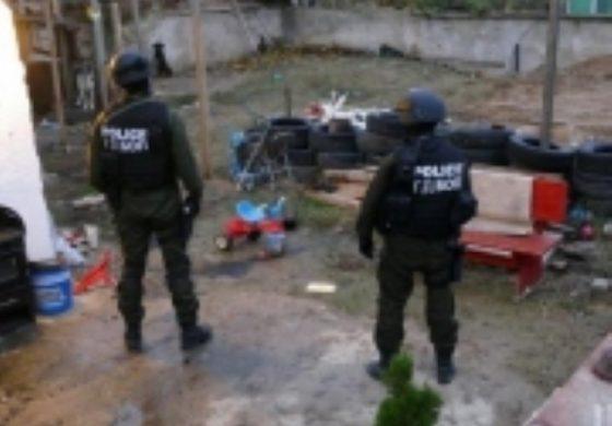МВР и ДАНС задържаха група за трафик на мигранти