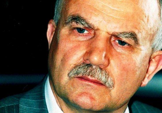 Извънредно ! Филчев отговори на Костов пред БЛИЦ: Този крадец пълзя пред мен като червей, а сега иска дебат! Да се готви за затвора заедно с другарчето си Прокопиев!