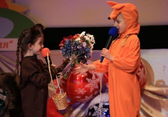 """Прекрасна приказка за доброто разказаха на три езика децата от ЧСУ """"Юрий Гагарин"""" в """"Камчия"""""""