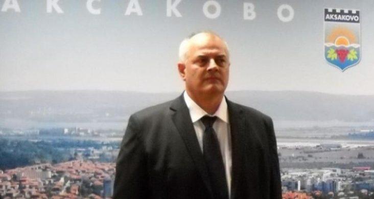 991-ratio-tanas-stoilov-e-kmet-na-aksakovo-veche-peti-mandat (Small)