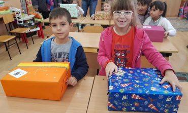 Девненски деца получиха подаръци от свои връстници в Германия (снимки)