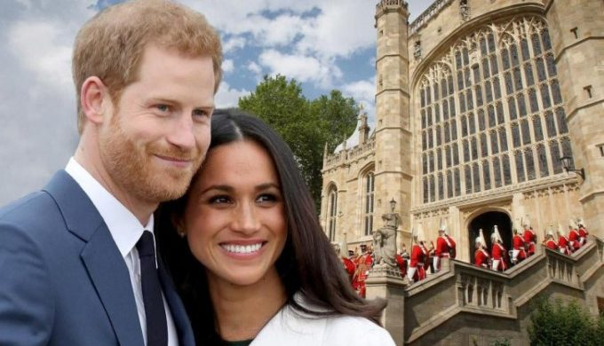 1511885642-harrymeghancomposite2811a-1 (Small)