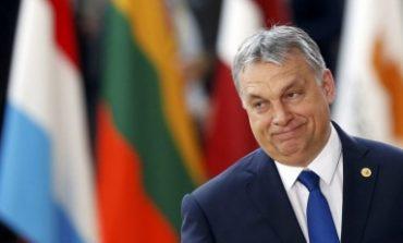 """Унгария планира """"Закони за спиране на Сорос"""" срещу имигрантите"""