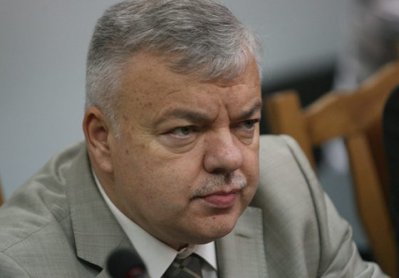 Директорът на НСО е подал оставка, кабинетът я прие, праща го консул в Петербург