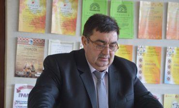 Георги Тронков раздаде подаръчни пакети на деца с увреждания, сираци и полусираци