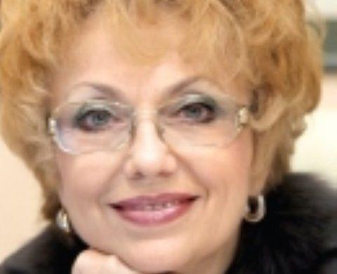 Валерия Велева: Кой размахва пръст на Корнелия Нинова?
