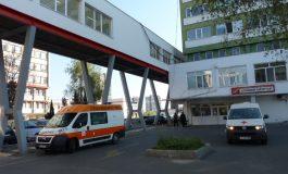 Автомобил и влекач се удариха на пътя Айтос – Провадия, двама са в болница