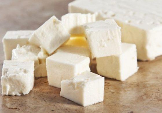 Агенцията по храните установи 5 вида фалшиви сирене и кашкавал