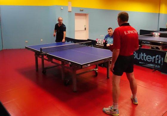 Отбора на Вълчи дол по тенис на маса във Варна: снимки