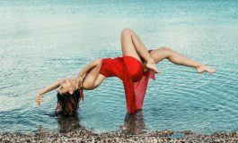Силни страсти за Козирога през април, Водолеят среща сродна душа