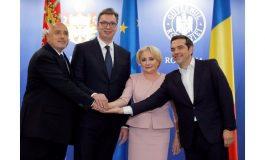 Борисов в Букурещ: Без да преглътнем Косово, на Балканите не може да вървим напред!