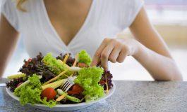 Наистина ли салатата е толкова полезна и диетична храна?