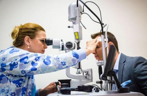 Модерен очен лазер лекува бързо, безапосно и безболезнено заболявания на ретината