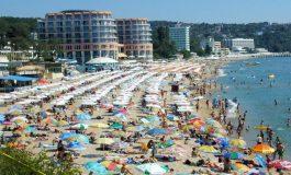 Туристическият бранш ще подава 19 документа по-малко