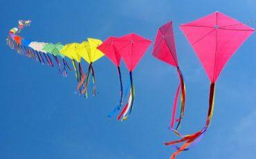 makar-sankrati-many-kites-photo