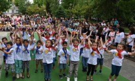 Детската градина в Белослав отбеляза 40-годишен юбилей с общоградско шествие