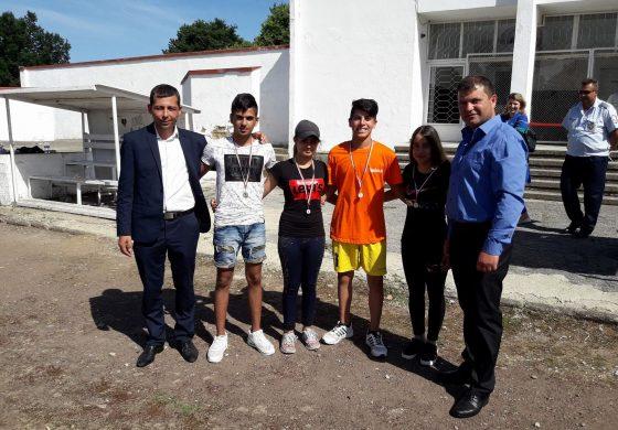 Община Вълчи дол с инициатива против наркотична зависимост и насилие в училище (+СНИМКИ)