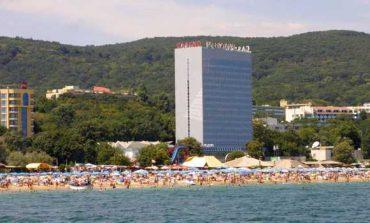 Френски туристи превзеха Варна, румънците идват отново за Гергьовден