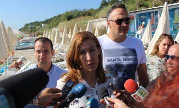 Министър Ангелкова във Варна: Прогнозираме 5% ръст на чуждестранните туристи