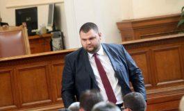 Фабриката изпуши от страх: Лъжи на конвейер срещу Пеевски