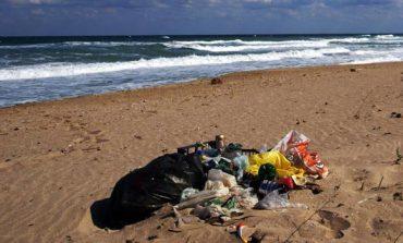 Само два плажа край Варна с кристално чиста вода