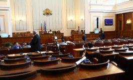 Парламентът одобри проектите за модернизация на Сухопътни войски и Военновъздушните сили