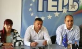 """Цветан Цветанов намекна, че ГЕРБ може да """"открадне"""" кметове на БСП"""